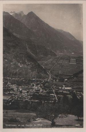 Postkarte: Schweiz - Martigny - et les Dents du Midi - ca. 1950