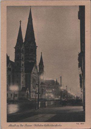 Postkarte: Berlin-Charlottenburg, GedÃchtniskirche - am Abend - ca. 1940