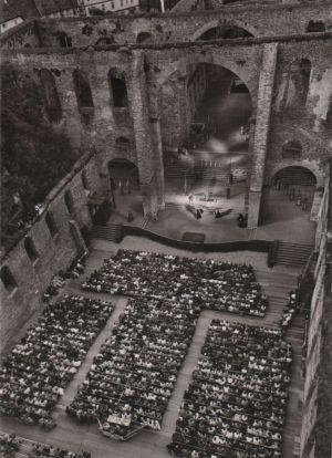 Postkarte: Bad Hersfeld - Festspiele in Stiftsruine, BÃhne und Zuschauerraum - ca. 1965