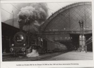 Postkarte: Dresden - Ausfahrt der Zittauer 38 2908 aus dem Hauptbahnhof - ca. 1985